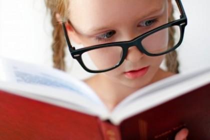 躲不开屏幕时间,真怕孩子戴上眼镜!怎么办?