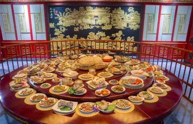 清代满族饮食文化—淳朴的民风下汉满融合,皇室最高礼遇满汉全席