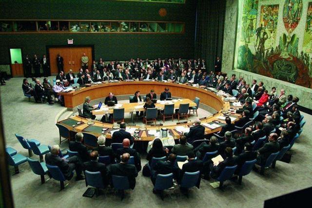 """美国在联合国遭""""围攻"""",中俄多国一致出手,坚决阻止制裁伊朗"""