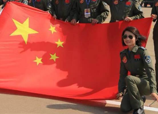 余旭,中国首位歼10女飞行员,凋谢在蓝天之上,巴铁的特殊纪念