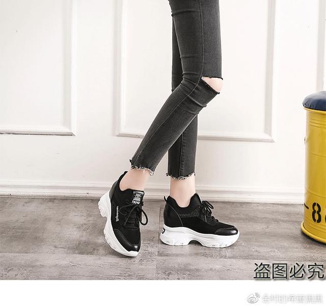2019新款女鞋内增高