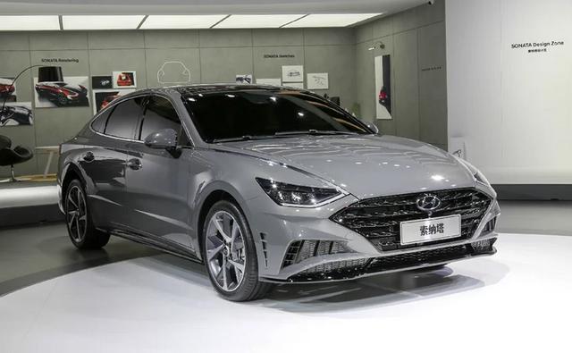 新一代索纳塔变化彻底,轿跑设计真心帅,内饰上档次,就看价格了