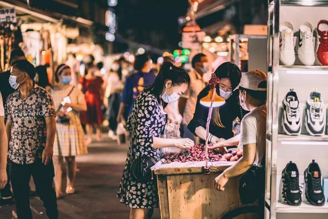 武汉夏夜生活指,南天一黑,快乐加倍