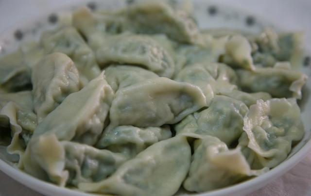 韭菜干虾仁鸡蛋饺子