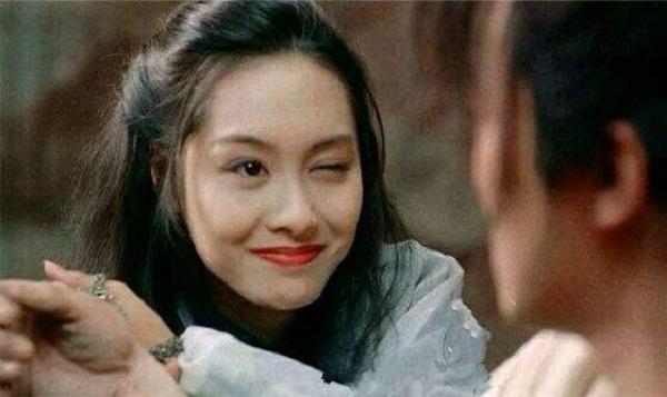 朱茵眨眼、发哥点烟,荧幕上6个经典镜头,你最爱哪一个?
