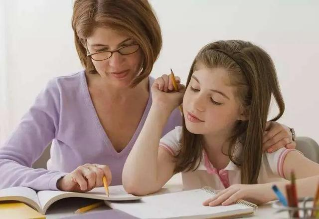 孩子学英语,别掉进了教育误区,流利的口语其实是听出来的