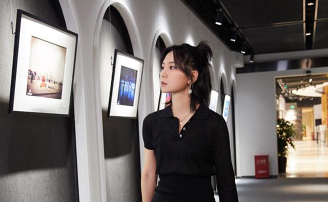 Magic2全球摄影展周笔畅带精美作品现身,笔笔用广角丈量世界
