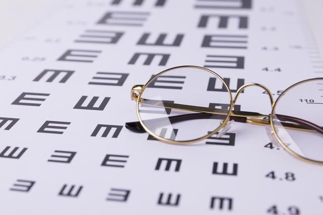 疫情期间,天天戴眼镜的你,眼镜有没有过期呢?