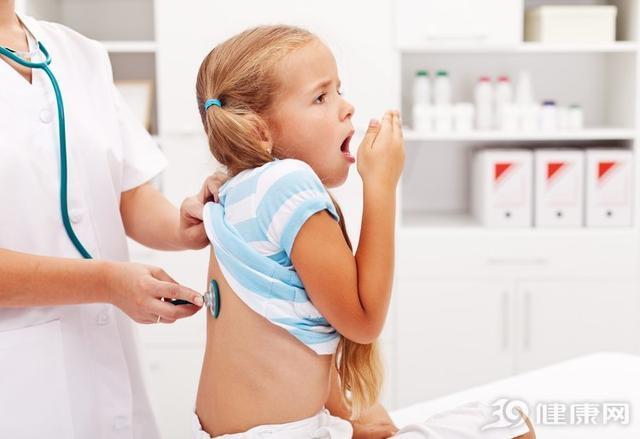医生收治罕见白血病儿童,听到父母欲放弃发出求救,救救孩子