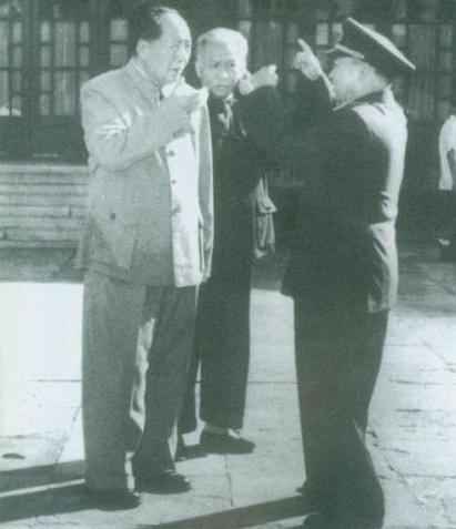 新中国四大伟人之一——刘少奇同志(真正共产党人的样子!)