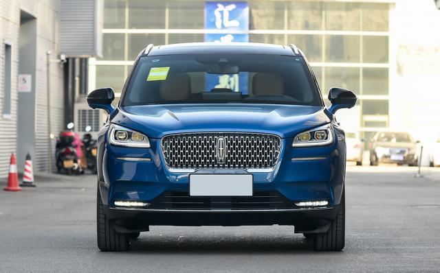 林肯终于成功了,首款国产豪华SUV,配2.0T+8AT,以亲民逆市突围