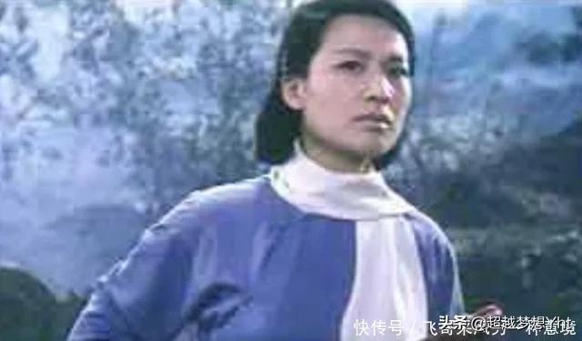 女子是富家子弟,却成为地下党员,首长问及家世,她回复6个字