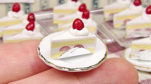 DIY,手工制作一款迷你型小蛋糕,看著好想咬一口!