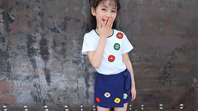 小童(2到5岁)夏天穿的套装好便宜:13.8,这种纯棉喜欢吗?