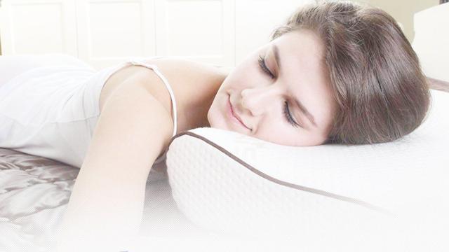 颈椎病正确睡姿枕头