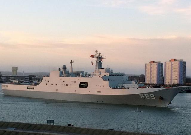 中国海军首次到访伦敦,英媒:幸好,他们的目的是和平_手机搜狐网