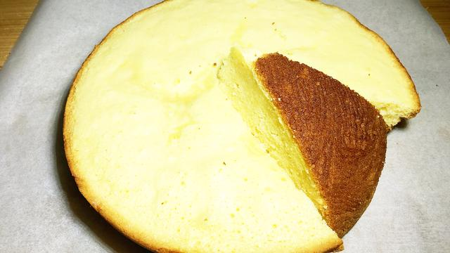 2分鐘教你在家自制蛋糕,香甜綿軟,比面包還好吃,超簡單