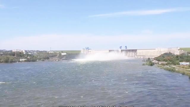三峡大坝被武器攻击是否会倒塌?中国表示:军迷们不必担心