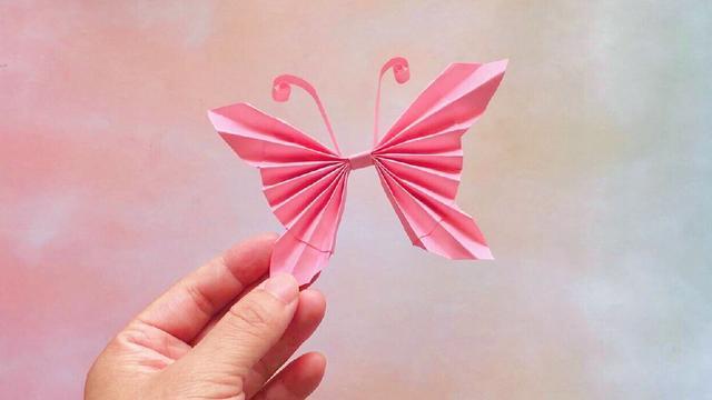 一张纸就可以折出美丽的立体蝴蝶,做法很简单,手工折纸视频大全
