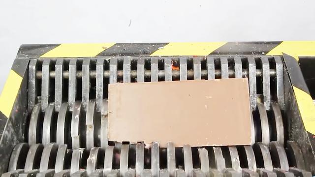 绞碎机的威力到底有多大?看看这块排骨就明白了_网易视频