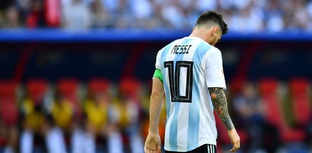 2018世界杯梅西背影