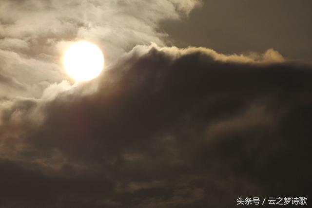云梦图集:清晨日出