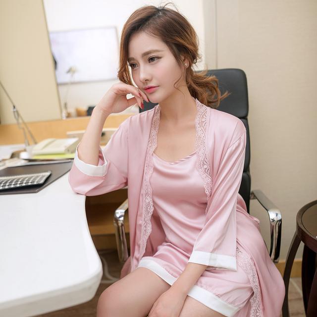 浅粉轻柔薄纱透明性感睡衣裙可爱蕾丝,浅紫色优雅可爱并存透...