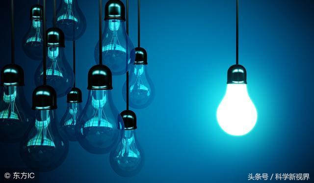 200w燈泡一小時多少電