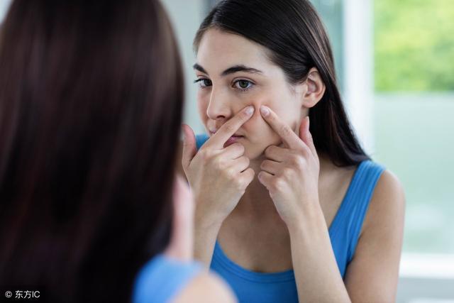 脸上起皮是怎么了 这几种伤脸的事你干过吗?