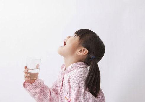 宝宝喉咙有痰能自愈吗