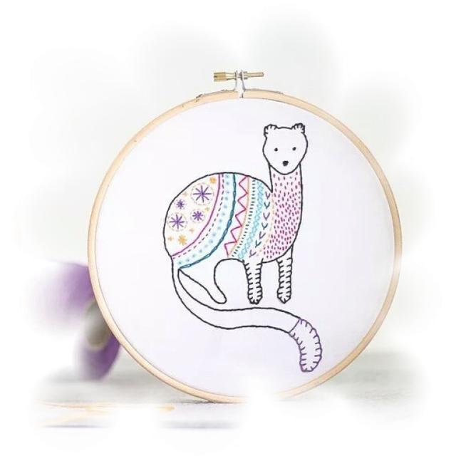 只用圆圈画出的13个动物图案