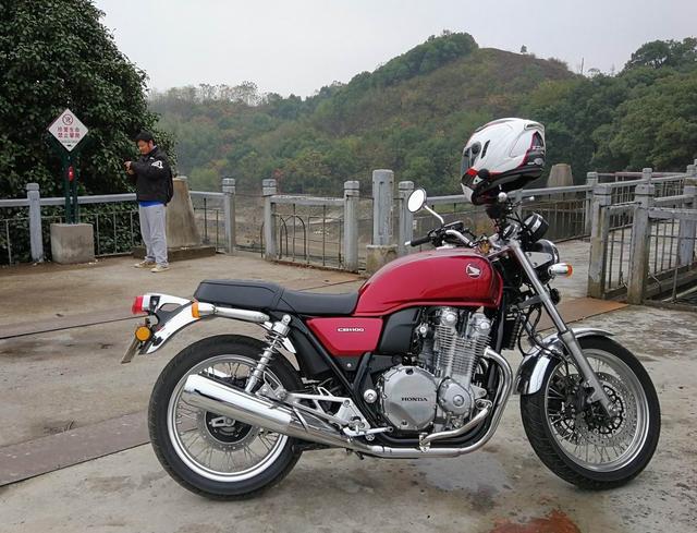 h2r摩托车图片