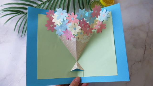 教师节礼物首选,超美的立体花贺卡,老师一打开就能看见一束鲜花