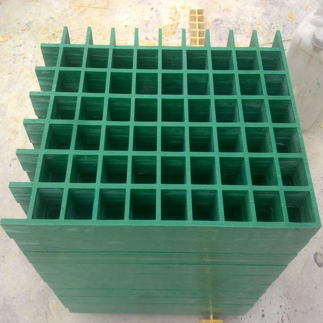 玻璃钢制品图片