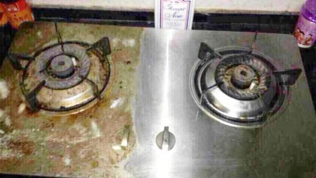 灶台油污太重难清理? 只需将餐洗净和小苏打这样用, 马上焕然一新