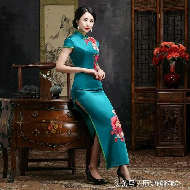 兩邊開叉的長裙