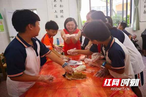 同乐中秋--同乐社区服务中心手工制作冰皮月饼活... _新浪博客