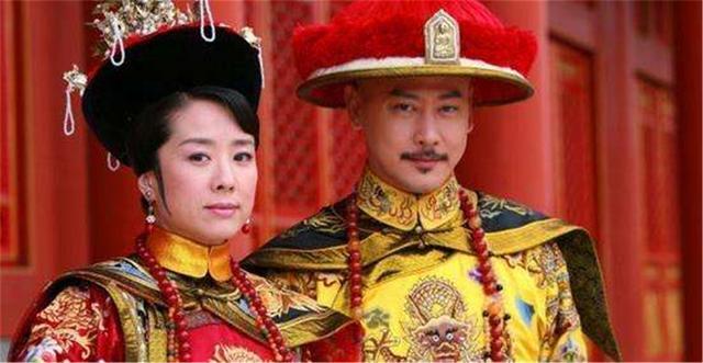 她是乾隆选秀入宫的第一位妃子,出身名门,却做了46年的常在