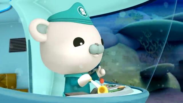 风暴还有5分钟就要到了,队长驾驶蓝鲸艇去救呱唧