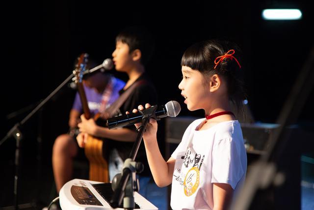 关于让孩子学习声乐的好处及建议_百分百知识分享平台