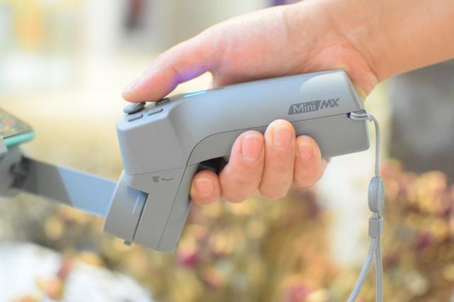 手机简单拍摄,秒变摄影高手——魔爪智能手机稳定器mini