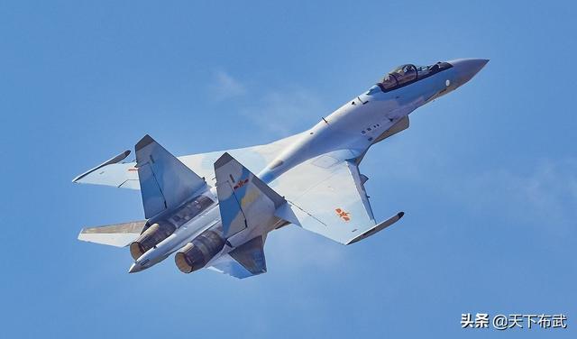 苏-35战机性能强悍,24架数量太少,中国还需要再购买第二批吗?