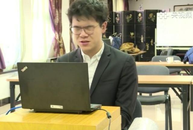 柯洁围棋教学图片