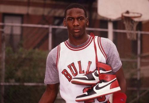历代Air Jordan系列篮球鞋
