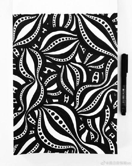 四方连续纹样黑白画