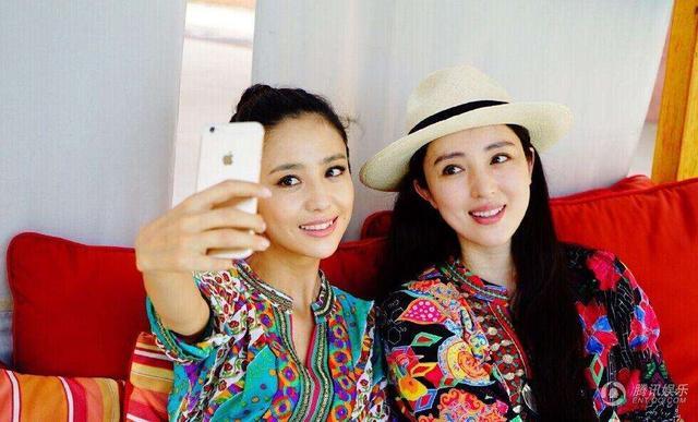 宋林静和杨童舒照片对比 相似的面貌不一样的命运(2)_宋林静...