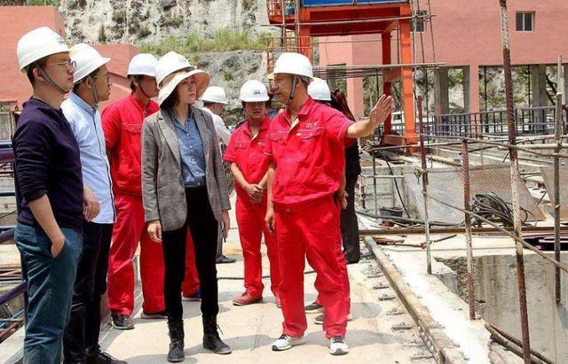"""印度""""截胡""""中国百亿订单,遭尼泊尔拒绝,表示:只交给中国"""