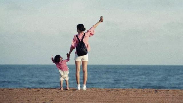 孩子犯错时该不该打?李玫瑾教授:小时候斗勇,长大后斗智