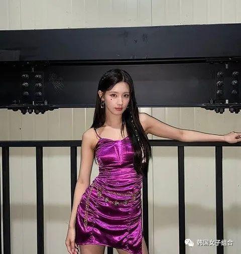 回归show中的女团爱豆,是不是太尊贵了?