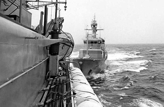 美海军专家:美国对华设想错误,中国可能一枪不放就赢得大海战
